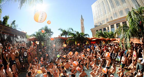 Vegas pool parties